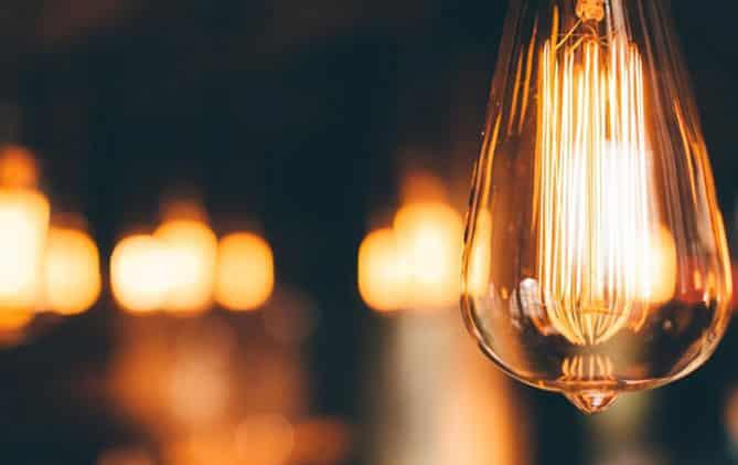 Tipos de bombillas. Consumo y luminosidad.